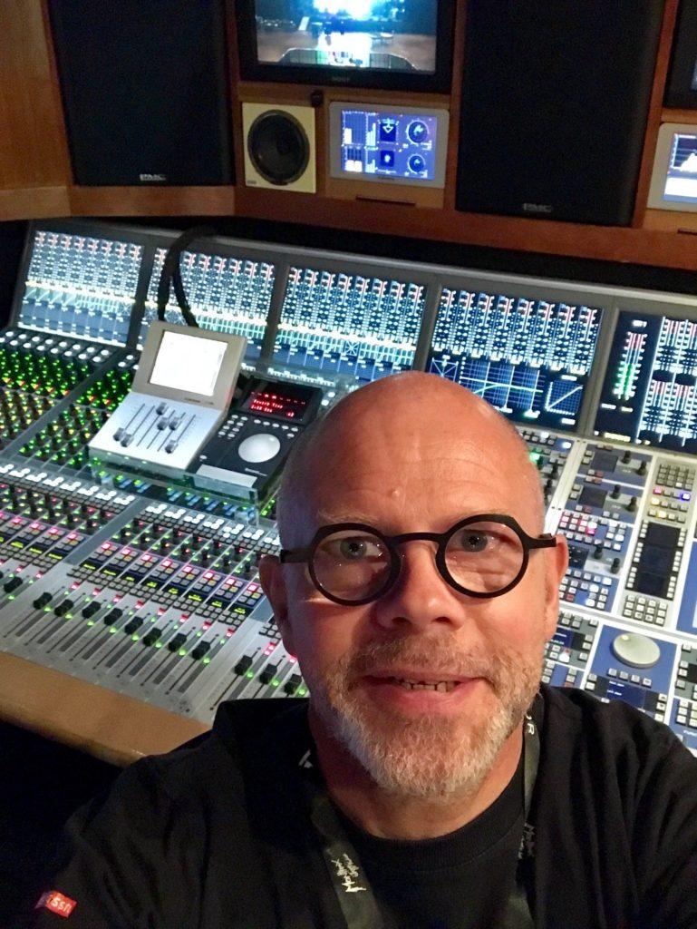 RedLine Radio invite Yves-Alain Schneider. Dimanche 13 octobre à 20h17. 1