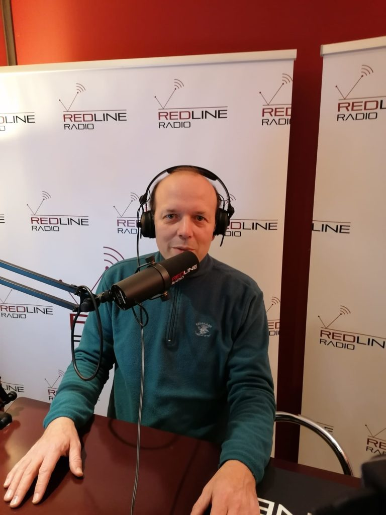 RedLineRadio 5